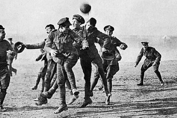 La tregua di Natale 1914-fiammelle di umanità nelle trincee